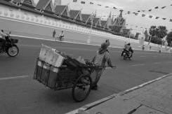 etjai---mon-going-around-with-her-cart_6475928661_o (Medium)