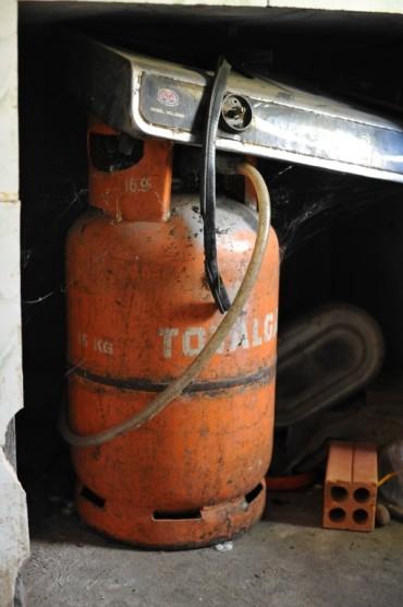normal-gaz-container_6514776435_o (Medium)